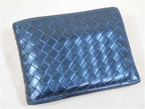 sale retailer 31515 ededb ボッテガベネタ二つ折り財布のコバ仕上げ | ブランド病院 鞄 ...